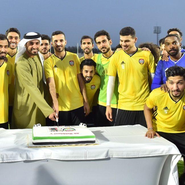 راشد بن حميد يشهد تدريبات منتخبنا الوطني