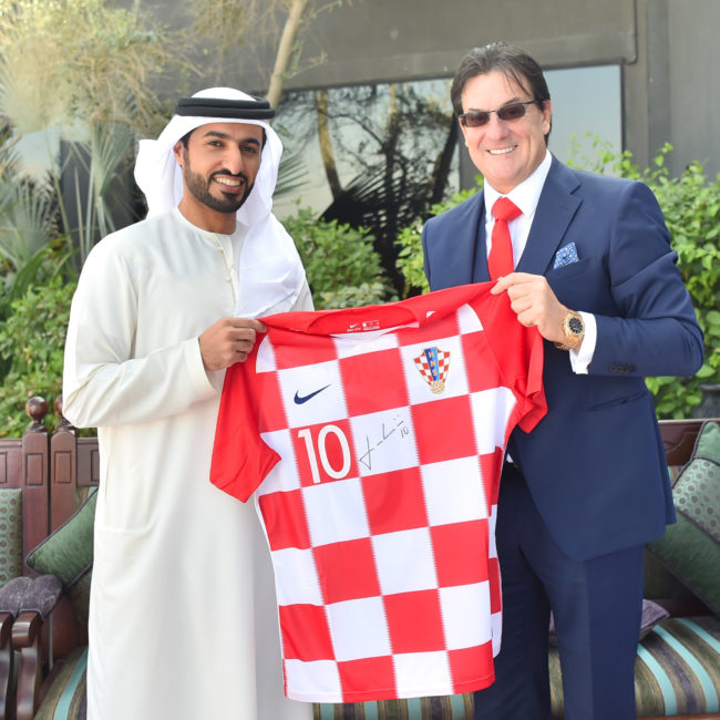راشد بن حميد يستقبل نائب رئيس الاتحاد الكرواتي لكرة القدم