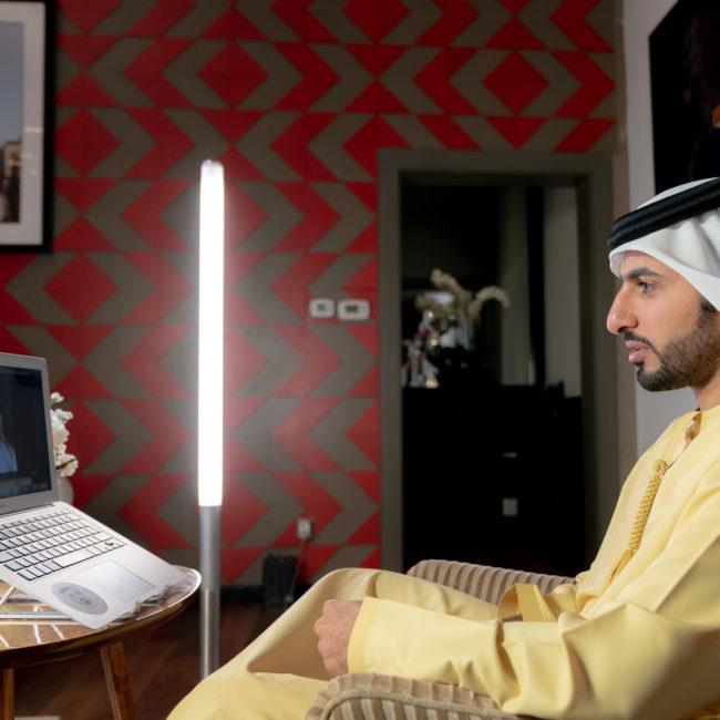 مجلس راشد بن حميد الافتراضي يناقش صناعة الحياة في عالم متغير